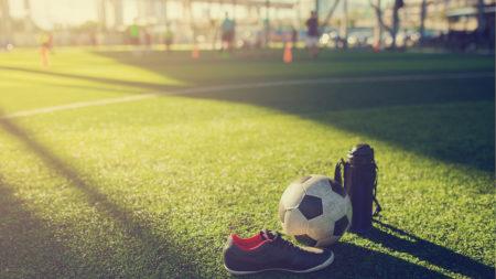 ボールと靴と水筒①