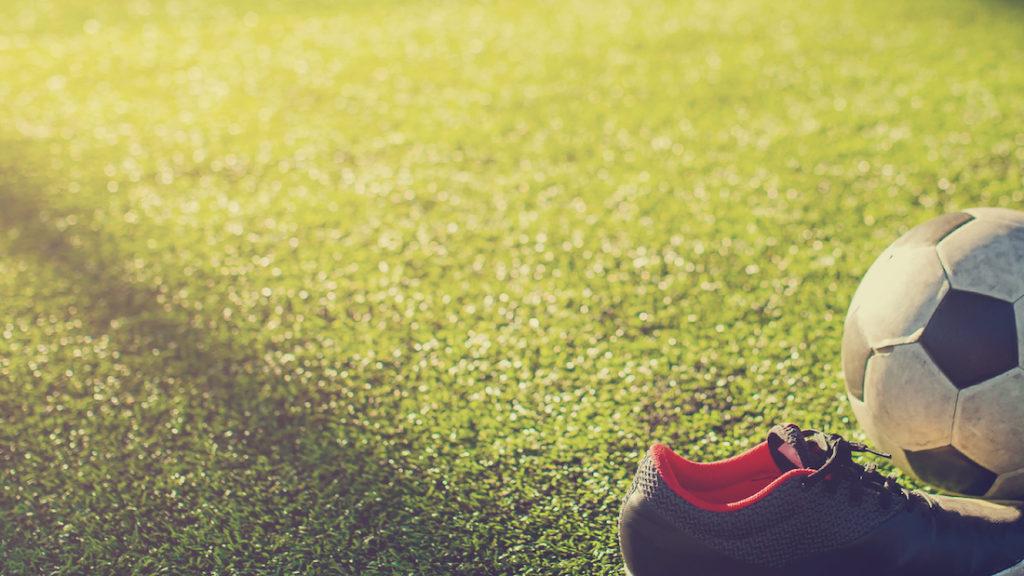 ボールと靴と水筒②