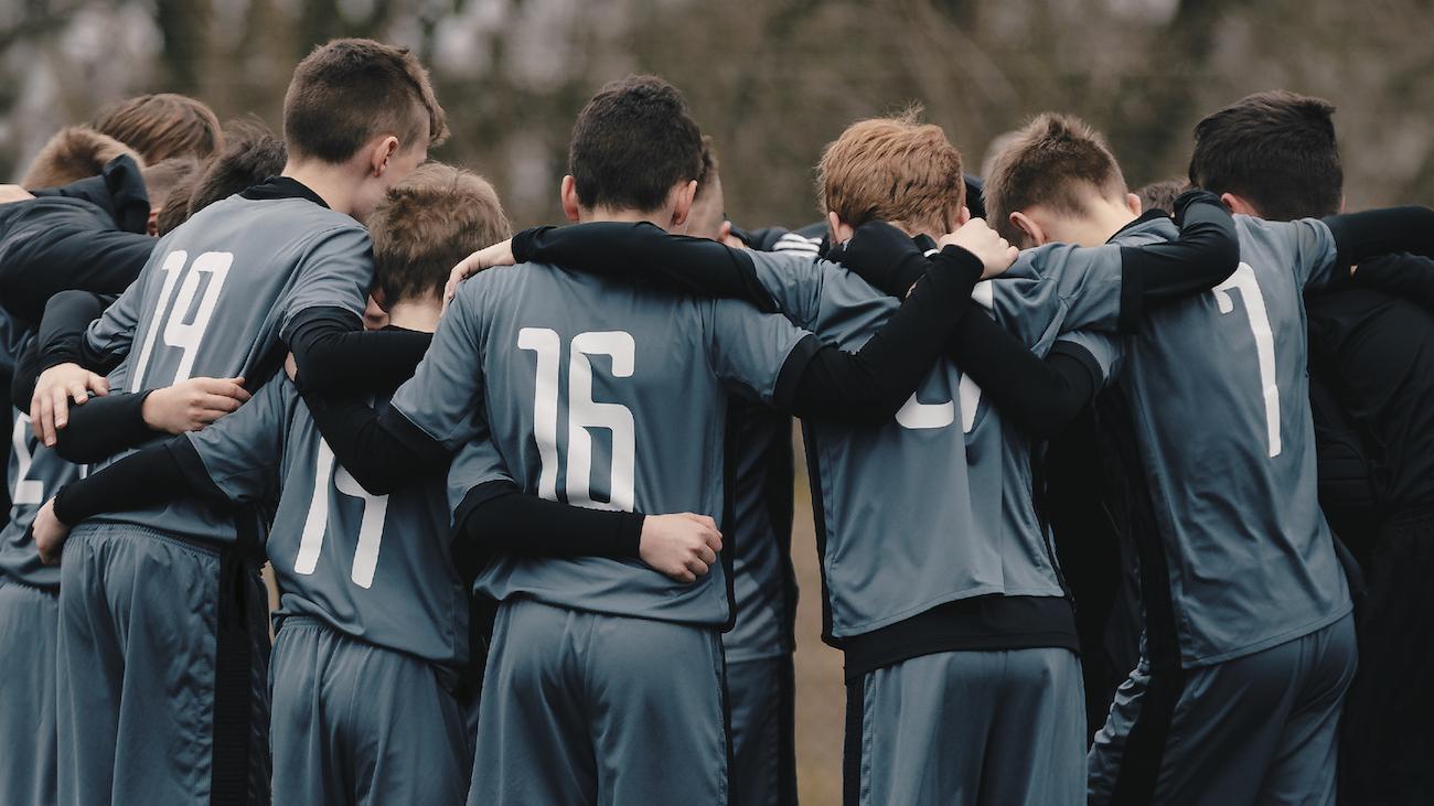 【チーム崩壊を招くサッカーコーチの特徴】指導の問題と5つの解決策