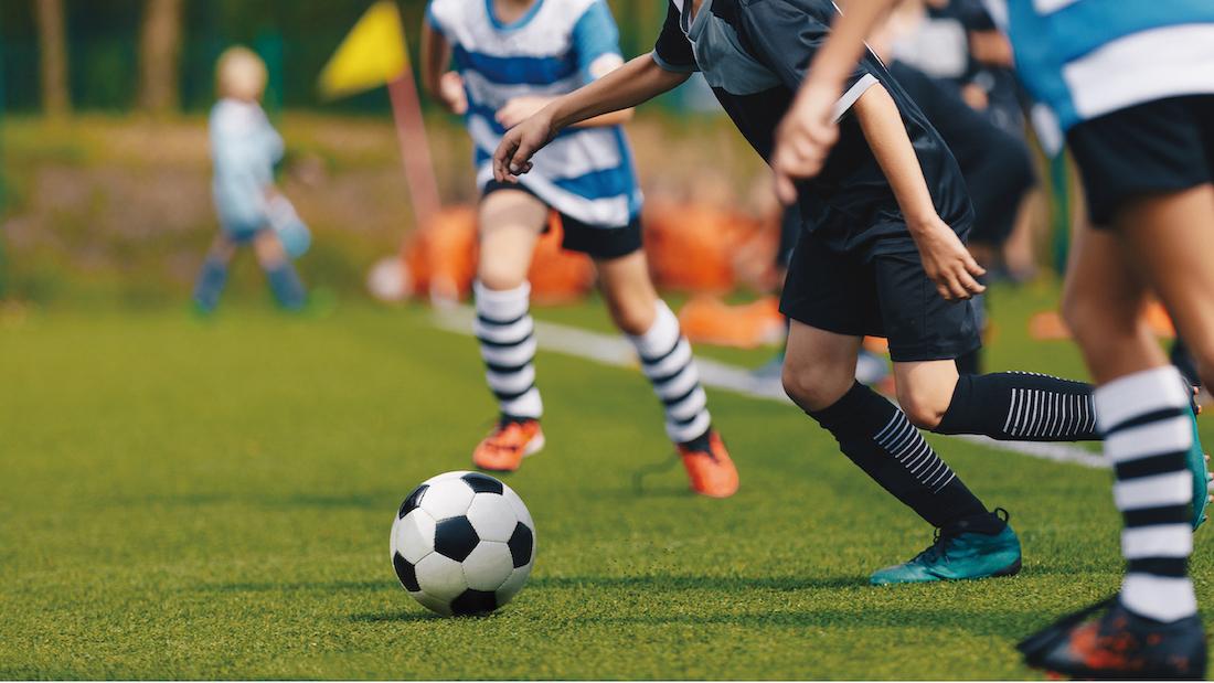 サッカー戦術アクション『マーク』基本になる2種類のマーク