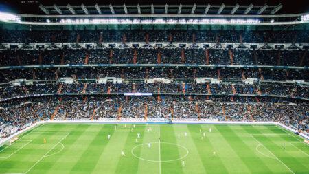 【3バックでのビルドアップ】ジュニアサッカー・具体的な方法を解説